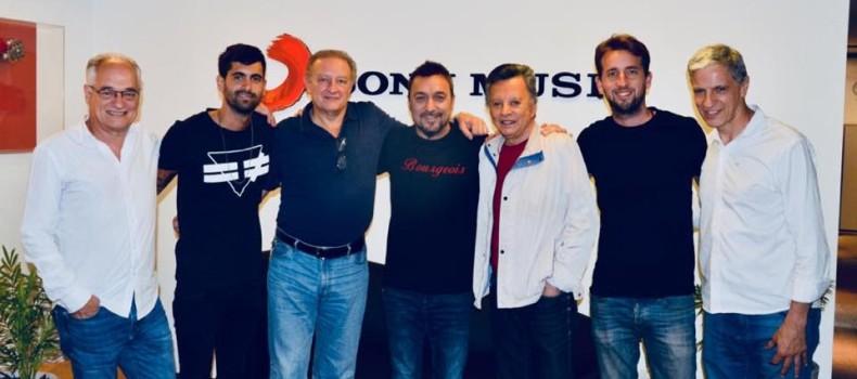 Palito Ortega Renueva Su Contrato Con Sony Music Argentina.